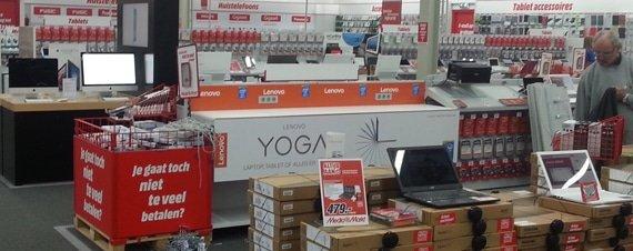 Lenovo schap @ Media Markt Hoorn